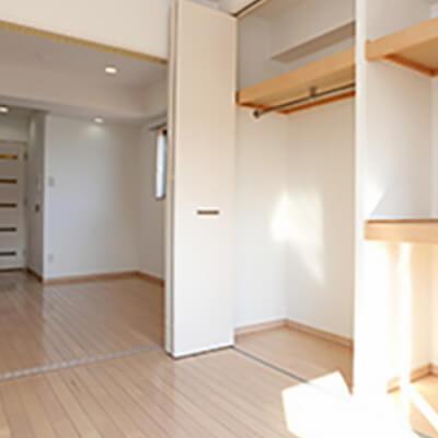 パークフラッツ新大阪 室内と収納